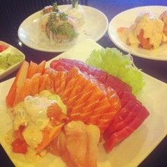 Photo taken at Poke Sushi by Albert W. on 12/31/2013