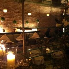 Photo taken at Zé Café by Jung Eun C. on 12/31/2012