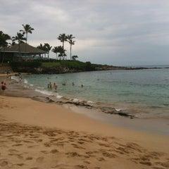 Photo taken at Kapalua Bay Beach by Edward M. O. on 12/24/2012