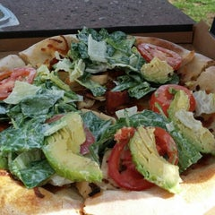 Photo taken at California Pizza Kitchen by Jinky K. on 2/22/2014