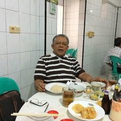 Photo taken at RM Kenangan by Adi S. on 9/24/2014
