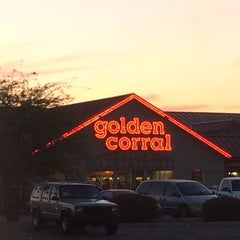 Photo taken at Golden Corral by Chrissie on 4/20/2014