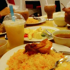 Photo taken at Restoran Qasar Hadramawt by danyl f. on 6/18/2015