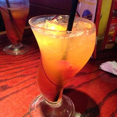 Photo taken at Red Robin Gourmet Burgers by Irma N. on 6/21/2013
