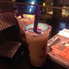 Photo taken at Chatime by AAn F. on 8/15/2015