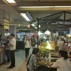 Photo taken at Food Court by Lander S. on 6/8/2015