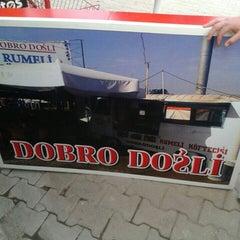 Photo taken at Dobro Doşli Rumeli Koftecisi by Cem K. on 6/1/2015
