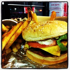 Photo taken at Five Guys by Amancay B. on 10/20/2013