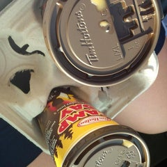 Photo taken at Tim Hortons by Niki D. on 5/29/2013