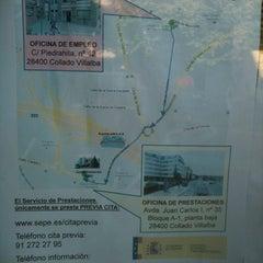 Photo taken at Oficina de empleo de la comunidad de Madrid by Ines S. on 8/20/2013