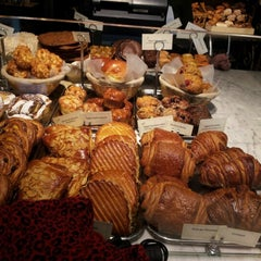 Photo taken at Le Pain Quotidien by Sasha S. on 10/2/2012