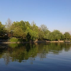 Photo taken at Laguna Parque de Los Reyes by NeGra M. on 12/1/2013