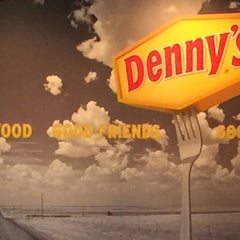 Photo taken at Denny's by Stephen B. on 5/24/2015