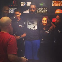 Photo taken at House Of Hoops by Eboni W. on 8/19/2014