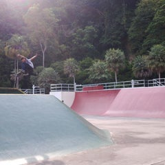 Photo taken at Youth Park Skate Park by Emy M. on 8/31/2014