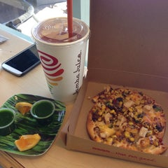 Photo taken at Jamba Juice by Villa L. on 9/15/2013