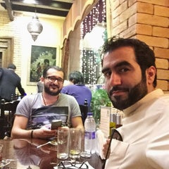 Photo taken at Samad Iraqi Restaurant مطعم صمد العراقي by Omar a. on 6/25/2015
