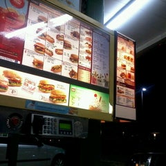 Photo taken at SONIC Drive In by Dominique J. on 12/19/2012
