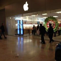 Photo taken at Apple Store, SouthPark by Tina B. on 12/15/2012
