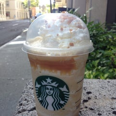 Photo taken at Starbucks by Clarence L. on 7/20/2013