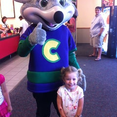 Photo taken at Chuck E. Cheese's by Gina L. on 10/18/2014