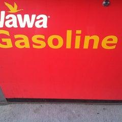 Photo taken at Wawa Food Market #834 by Matt N. on 8/24/2013