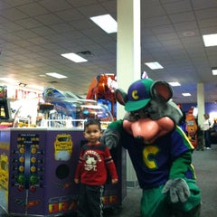Photo taken at Chuck E. Cheese's by Matt N. on 1/31/2013