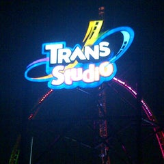 Photo taken at Trans Studio Bandung by Hanum W. on 3/27/2013