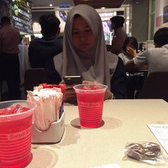 Photo taken at Secret Recipe by Anis A. on 7/11/2015