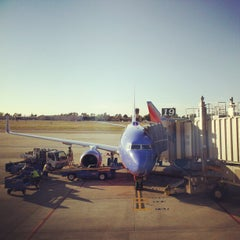 Photo taken at Southwest Airlines by Ron T. on 2/17/2013