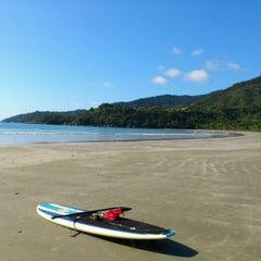 Photo taken at Praia Dura by Wilson Luiz N. on 11/23/2012