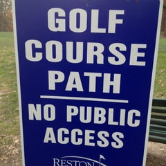 Photo taken at Reston National Golf Course by CrunchyCarlos 🌴 on 11/24/2012
