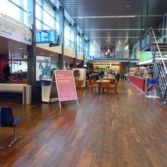 Das Foto wurde bei Rotterdam The Hague Airport (RTM) von Gökhan am 3/7/2013 aufgenommen