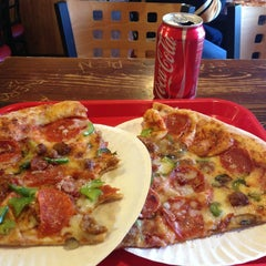 Photo taken at Little Steve's Pizzeria by Matt P. on 1/21/2013