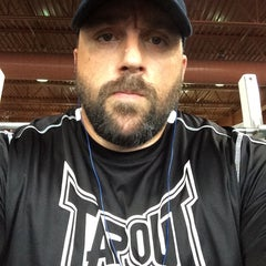 Photo taken at 24 Hour Fitness by Jerry B. on 9/5/2014