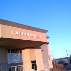 Photo taken at LA Fitness by Kemar W. on 3/30/2013