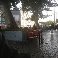 Photo taken at Solar do Kadete by Luis V. on 6/21/2013