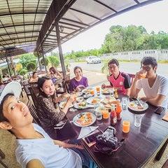 Photo taken at Mandawee Resort And Spa Krabi by Atiwatt J. on 11/8/2015