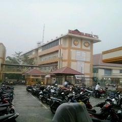 "Photo taken at Universitas Putra Indonesia ""YPTK"" by Riko A. on 11/4/2013"