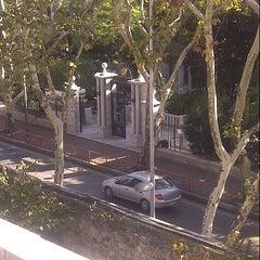Photo taken at Galatasaray Universitesi Kara Kantin by Sebla B. on 11/5/2012