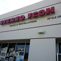 Photo taken at Stereo Icon Of Elk Grove by Stereoicon E. on 7/12/2015