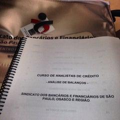 Photo taken at Sindicato dos Bancários by Evandro R. on 1/27/2014