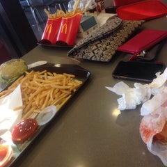 Photo taken at McDonald's by Syaza U. on 11/12/2015