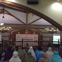 Photo taken at Pusat Dakwah Islam (PUSDAI) by Vhera A. on 12/31/2015