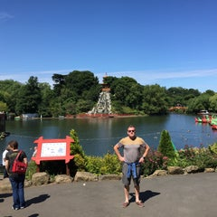Photo taken at Peasholm Park by Nenny N. on 7/16/2015