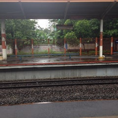 Photo taken at Stasiun Duren Kalibata by Adrianus S. on 1/21/2014
