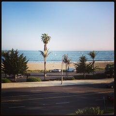 Photo taken at Hyatt Santa Barbara by Landon H. on 4/16/2013