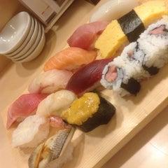 Photo taken at 銀蔵 浜松町店 by Takeru on 11/17/2013