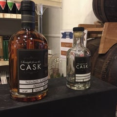 Photo taken at The Whisky Exchange by Aska N. on 11/5/2015