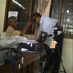 Photo taken at Kantor Kecamatan Karang Tengah by Ameztomia H. on 12/5/2012